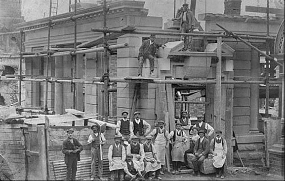 rebuilding the lamb inn 1900